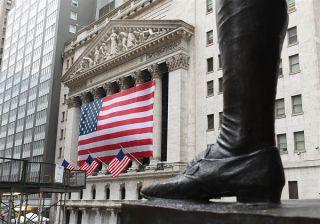 Wall Street: Βούλιαξε 943 μονάδες ο Dow Jones-Τεχνολογικό sell-off