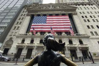 Wall Street: Ισχυρά κέρδη καθώς ξεκαθαρίζει το τοπίο των εκλογών