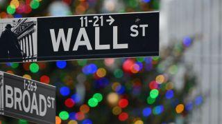 Καταγράφουν τα βραχυπρόθεσμα κέρδη τους οι επενδυτές στη Wall Street