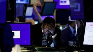Διαφωνίες για το πακέτο τόνωσης «έριξαν» τη Wall Street