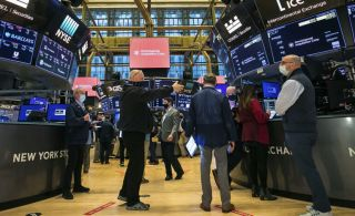Wall Street: Νέο ιστορικό υψηλό κατέγραψε ο Dow Jones