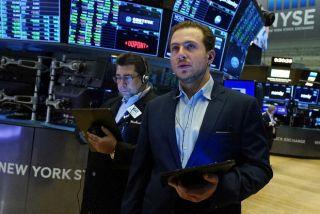 Τονωτική «ένεση» στη Wall Street από τη Fed